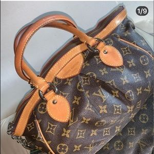 Authentic Louis Vuitton monogram Tivoli pm.